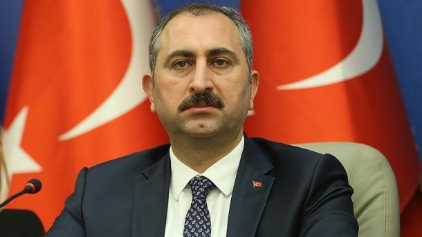 Η Ελλάδα κέντρο συγκέντρωσης εγκληματιών, λέει σε επιστολή του ο Τούρκος Υπουργός Δικαιοσύνης Αμντουλχαμίτ Γκιουλ