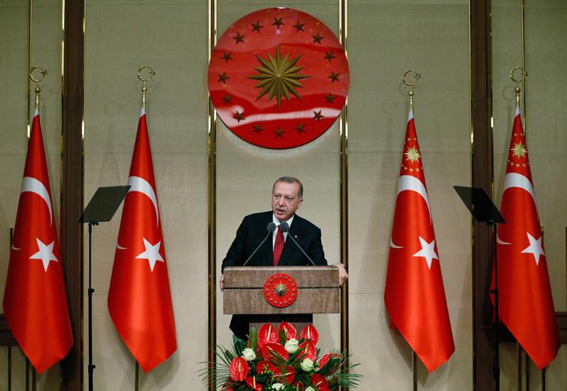 """Erdogan: """"Η 15η Ιουλίου συμβολίζει την αποφασιστικότητά μας να προστατεύσουμε την ανεξαρτησία και το μέλλον μας"""""""