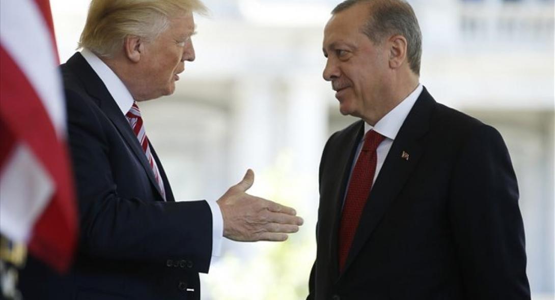 """Τσαβούσογλου: """"Ο Τραμπ είπε στον Ερντογάν ότι θα δώσει τα F-35"""""""