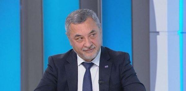 Το βουλγαρικό εθνικιστικό κόμμα συγχαίρει τον Poroshenko για την ίδρυση της Ορθόδοξης Εκκλησίας της Ουκρανίας