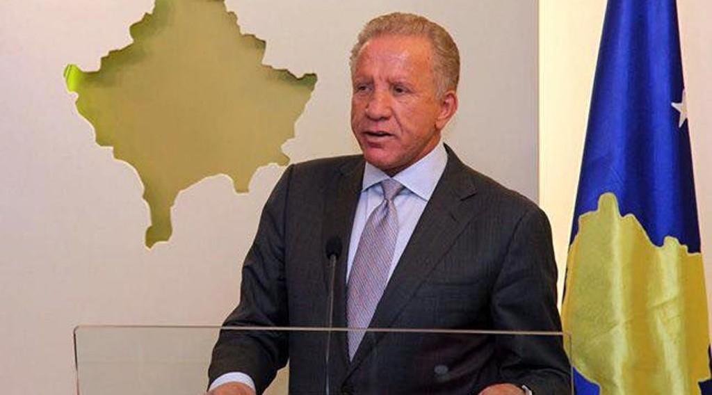Ο Pacolli ζητά την άρση του φόρου στα σερβικά αγαθά