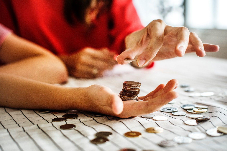 ΕΛΣΤΑΤ: Σημαντική αύξηση 1,3 δις. ευρώ στο εισόδημα των ελληνικών νοικοκυριών