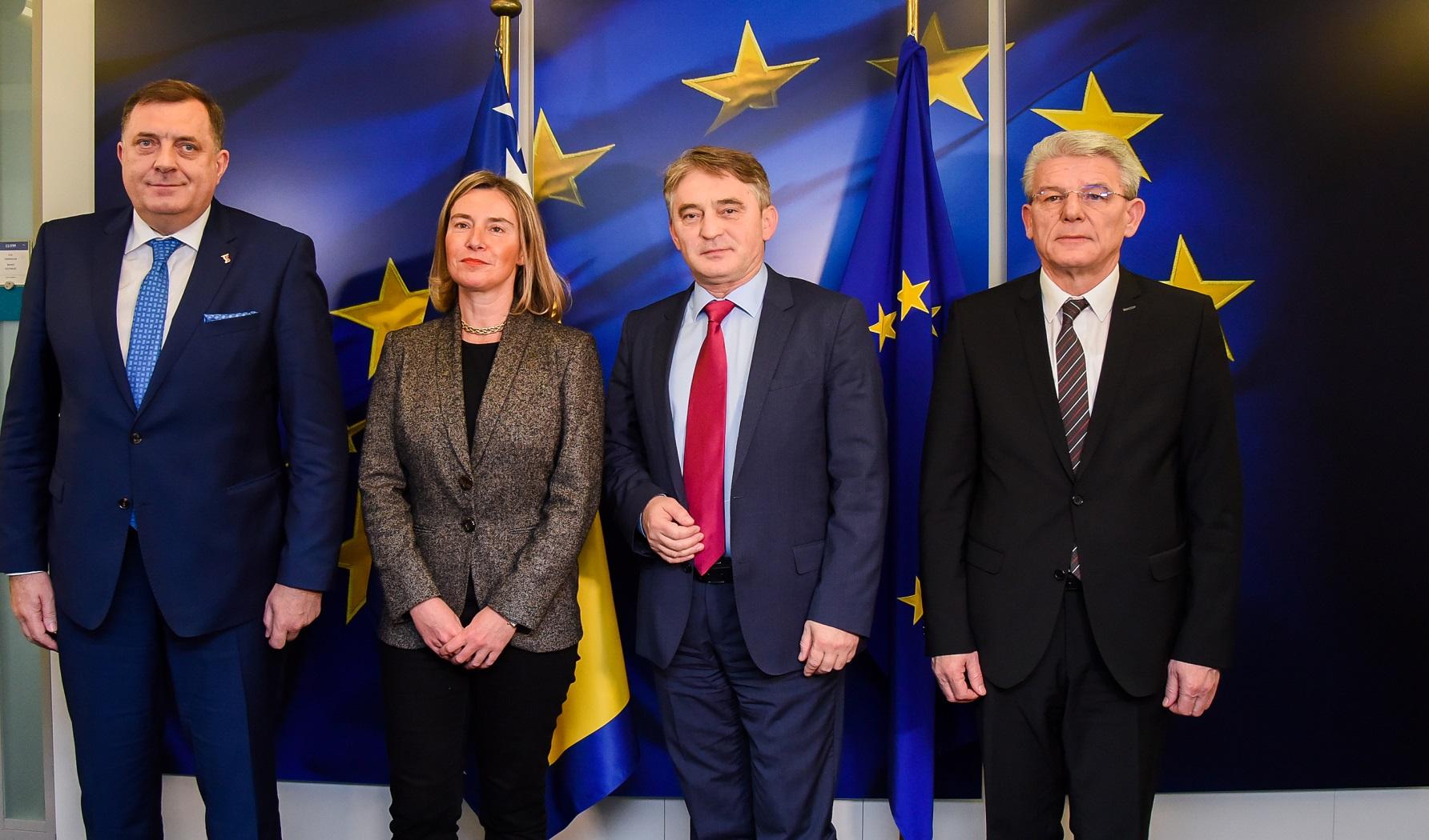 Τα μέλη της Προεδρίας της Β-Ε συναντήθηκαν με τη Federica Mogherini στις Βρυξέλλες