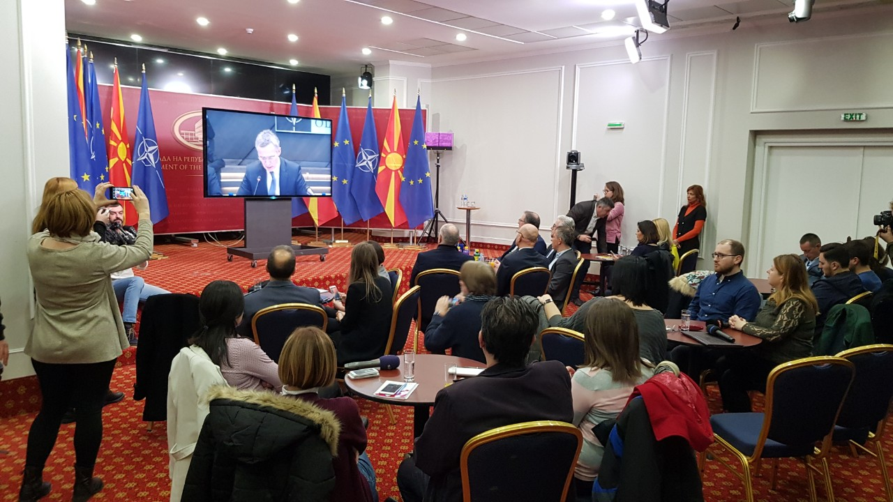 πΓΔΜ: Αντιδράσεις για την υπογραφή του Πρωτοκόλλου προσχώρησης της χώρας στο ΝΑΤΟ