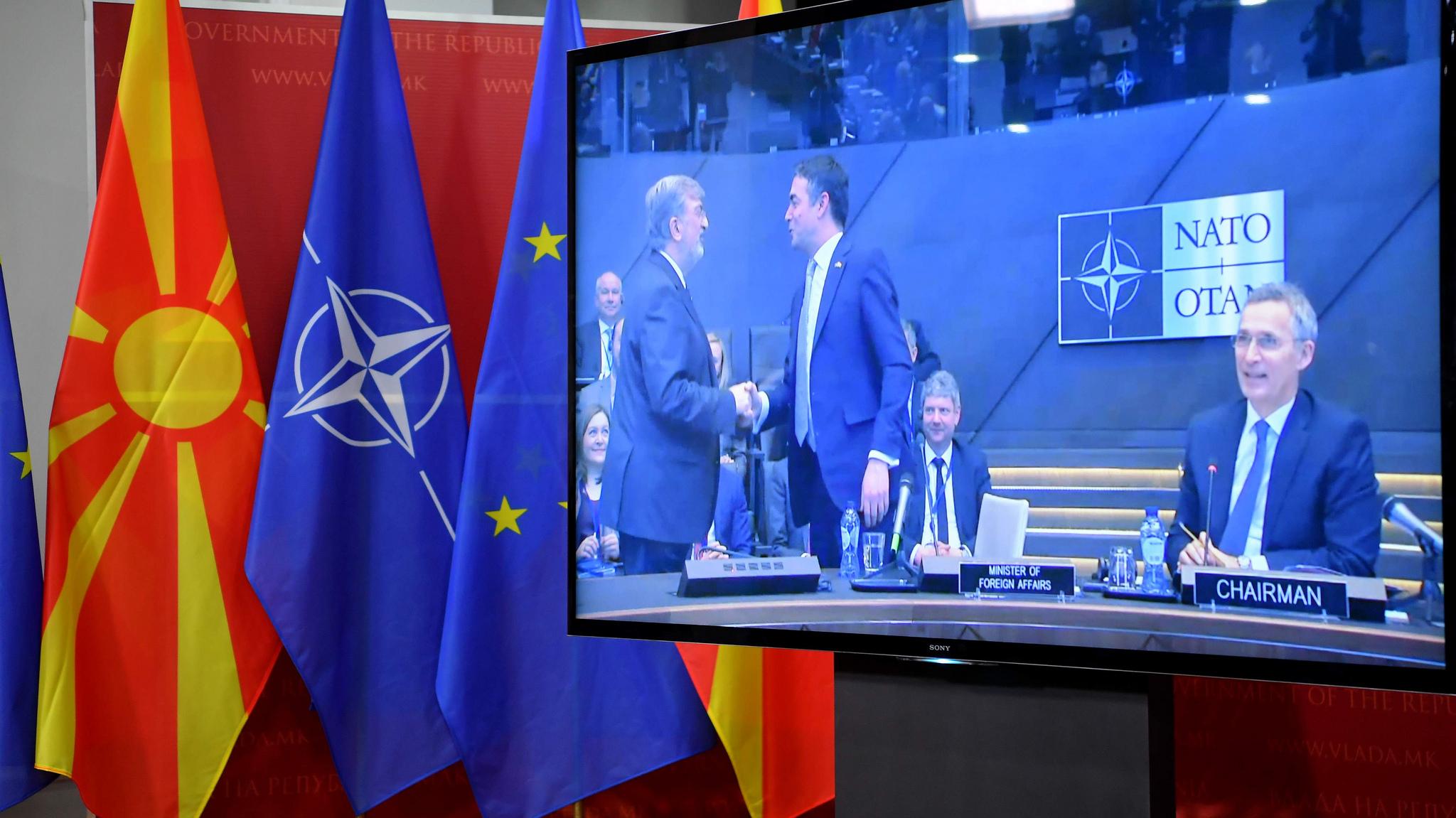 Οι προσδοκίες των Σκοπίων μετά την υπογραφή του Πρωτοκόλλου Προσχώρησης στο ΝΑΤΟ