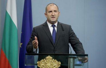 Radev: Δεν θα πούμε «ναι» στη Βόρεια Μακεδονία αν δεν εξαλείψει την παραμόρφωση της ιστορίας της Βουλγαρίας