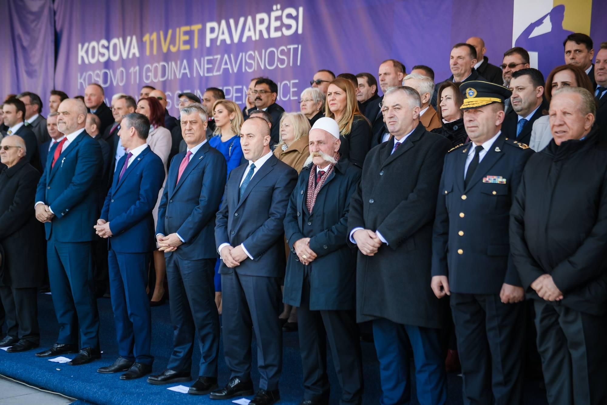 Το Κόσοβο γιορτάζει την 11η επέτειο της ανεξαρτησίας του εν μέσω συζητήσεων σχετικά με πιθανή συμφωνία με τη Σερβία