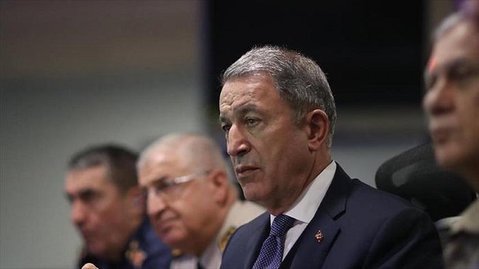 Μήνυμα μείωσης της έντασης με την Ελλάδα έστειλε ο Τούρκος Υπουργός Άμυνας