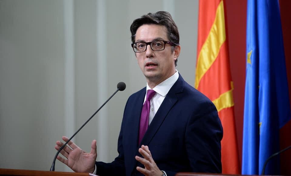 IBNA/συνέντευξη με τον προεδρικό υποψήφιο Stevo Pendarovski