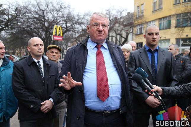 Οι υπερεθνικιστές της Σερβίας οργανώνουν διαμαρτυρία εναντίον του ΝΑΤΟ και της Χάγης