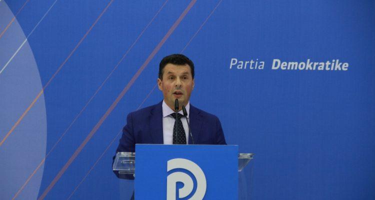 Συνέντευξη IBNA. Πρώην βουλευτής σχολιάζει την πολιτική κρίση στην Αλβανία