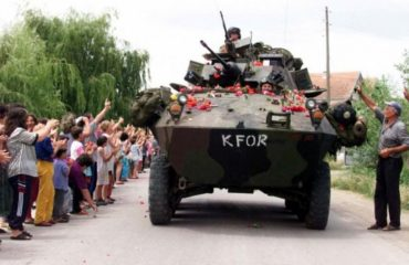 Το Κοσσυφοπέδιο γιορτάζει την 20ή επέτειο από τις βομβιστικές επιθέσεις του ΝΑΤΟ στη Σερβία