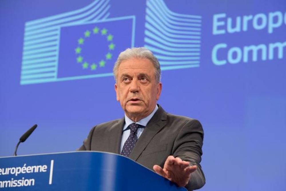 """""""Οι άνθρωποι του Κοσσυφοπεδίου αξίζουν την απελευθέρωση του καθεστώτος των θεωρήσεων"""""""