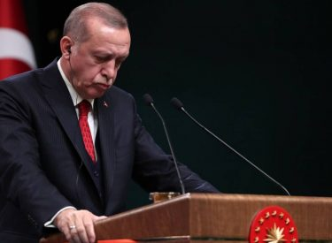 ΙΒΝΑ/Ανάλυση – Εκλογές Τουρκία: Οι Τούρκοι ψηφίζουν φτωχότεροι