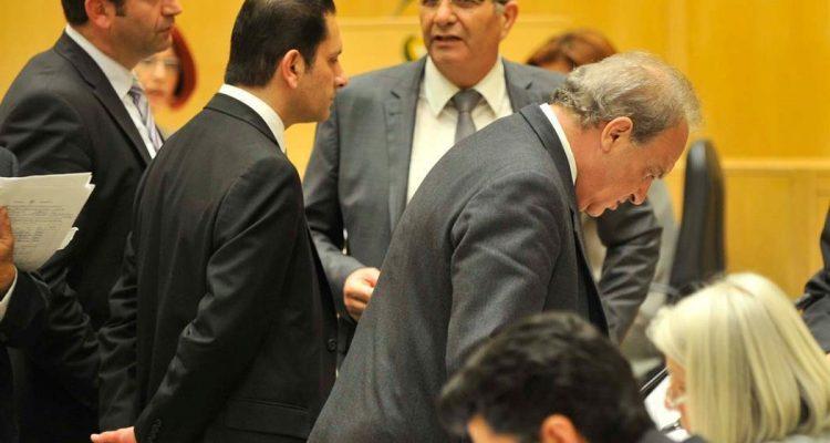 Κύπρος: Επιμένουν σε παραίτηση του ΥΠΟΙΚ για τον Συνεργατισμό