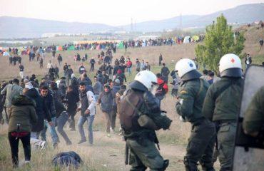 """Φόβοι για """"νέα Ειδομένη"""" στις Ελληνικές Αρχές"""