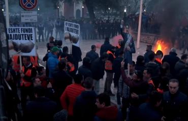 Μήνυση κατά της αστυνομίας κατέθεσε η αντιπολίτευση στην Αλβανία
