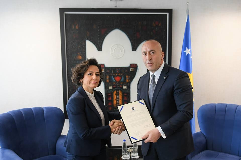 Η Adriana Hoxhiq νέα Υπουργός Τοπικής Διακυβέρνησης στο Κοσσυφοπέδιο