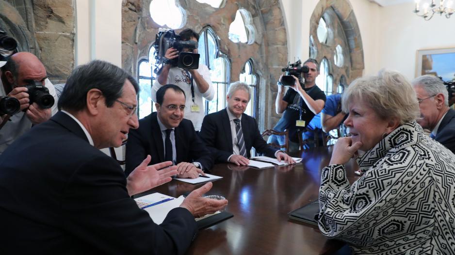 Τη Lute περιμένει ο Guterres για να επιδώσει την έκθεση καλών υπηρεσιών