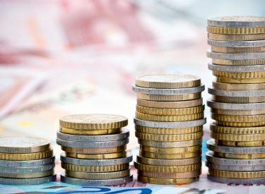 Τεράστιο πλεόνασμα 4,4% για το 2018 στην Ελλάδα