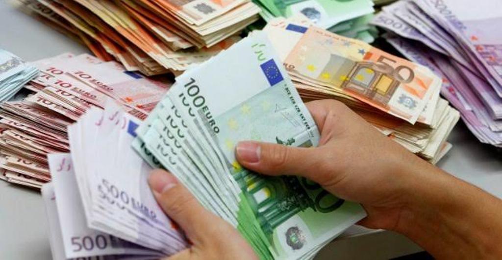 Αλβανία: Τα μη εξυπηρετούμενα δάνεια μειώνονται, ενώ δίνονται μεγαλύτερες εγγυήσεις για τη λήψη δανείων