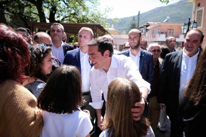 Με νέα κοινωνικά μέτρα και πολιτικές εξορμήσεις απαντάει ο ΣΥΡΙΖΑ στην αλλαγή ατζέντας της Ν.Δ.