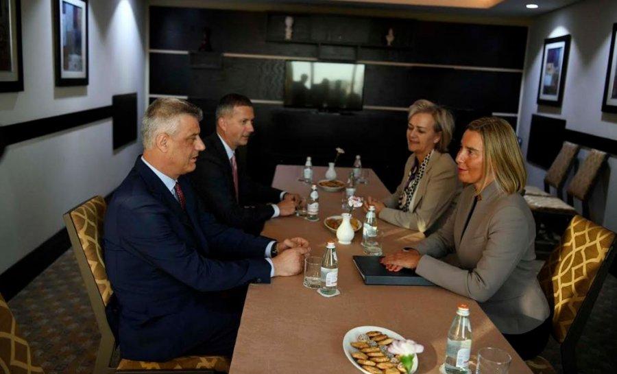 Thaci και Mogherini συζητούν το θέμα του διαλόγου