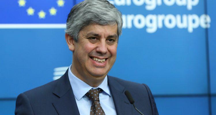 Οι εταίροι της Ευρωζώνης παροτρύνουν την Ελλάδα να επιτύχει τους συμφωνημένους δημοσιονομικούς στόχους