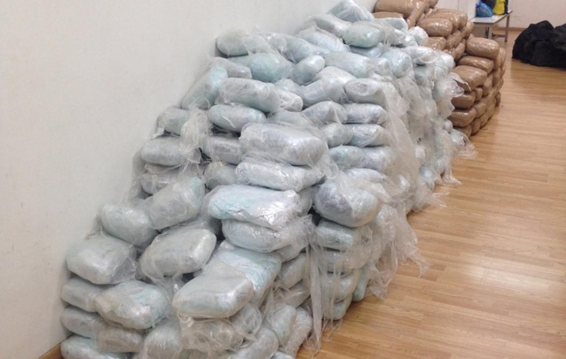 Αλβανοί ελέγχουν τη διακίνηση ναρκωτικών στην Ολλανδία, σύμφωνα με τα ολλανδικά ΜΜΕ