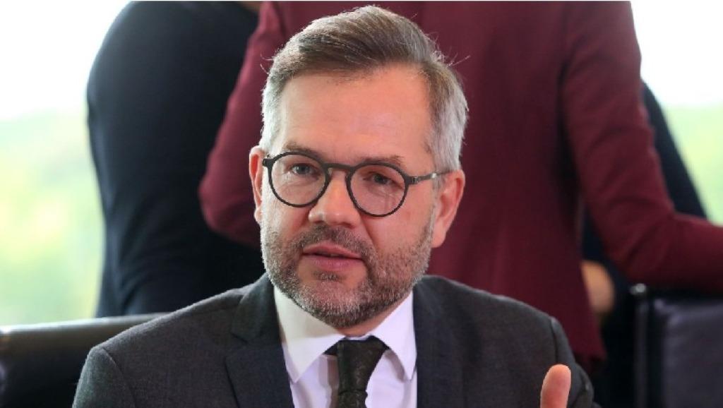 Ο Γερμανός ΥΠΕΞ καλεί την αντιπολίτευση στην Αλβανία να μη μποϊκοτάρει τις εκλογές
