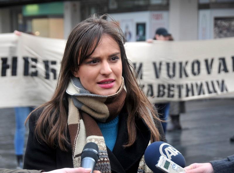 Ο Vucic φέρεται να δημιουργεί πλαστό αντιπολιτευόμενο κόμμα