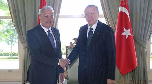 Ο Αβραμόπουλος συναντήθηκε με τον Ερντογάν