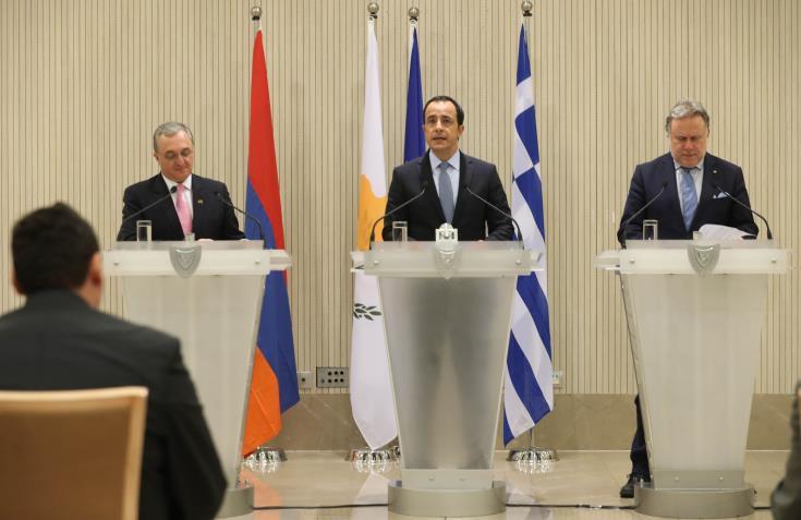 Εμβαθύνουν σχέσεις Κύπρος, Ελλάδα, Αρμενία με γνώμονα τομείς αμοιβαίου ενδιαφέροντος