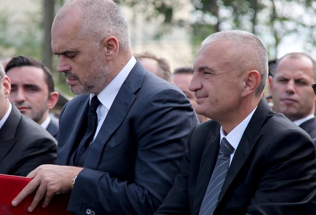 «Μύδροι» Ράμα εναντίον του Προέδρου της Αλβανίας