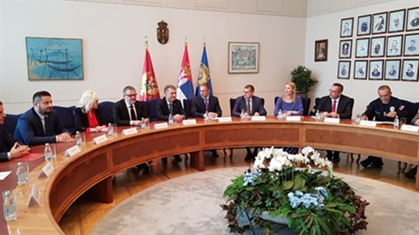 Υψηλού επιπέδου αστυνομική συνεργασία μεταξύ Μαυροβουνίου και Σερβίας παρά τις διαφορές