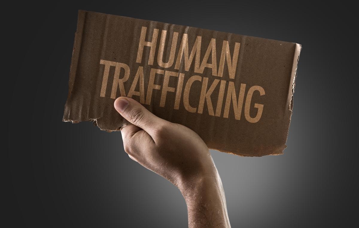 H B-E αδυνατεί να προστατέψει τα θύματα της εμπορίας ανθρώπων