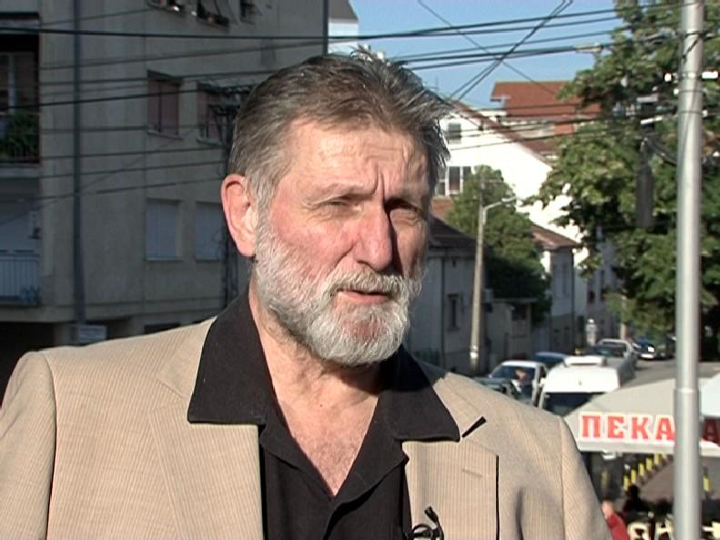 Ο Vucic είναι διοικητής χούλιγκαν, λέει καθηγητής πανεπιστημίου