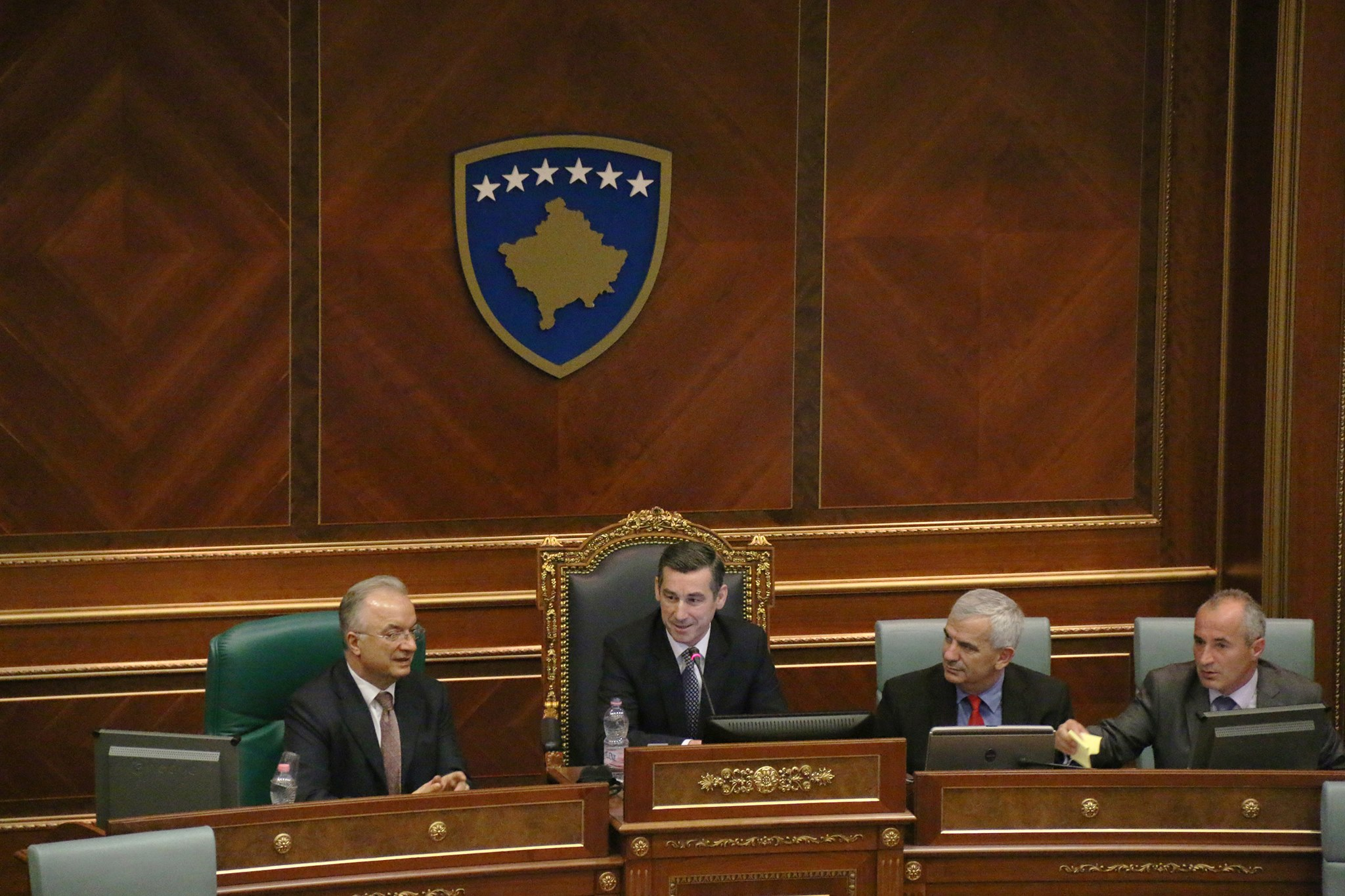 Η αντιπολίτευση στο Κοσσυφοπέδιο ζητάει πρόωρες εκλογές