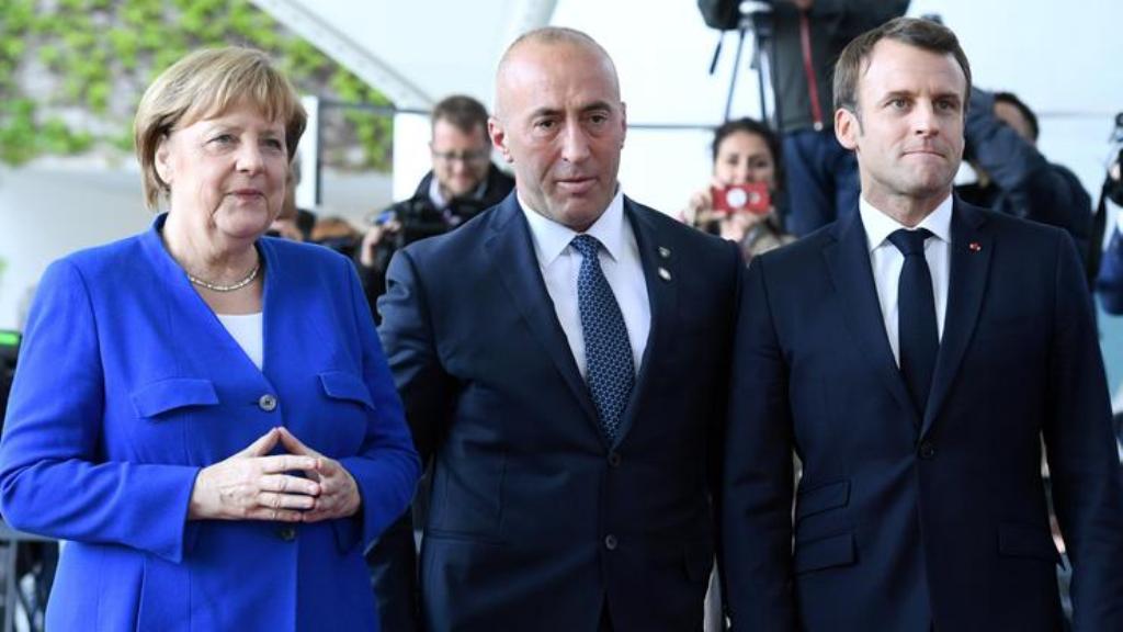 Στο Παρίσι ο Haradinaj για το θέμα των θεωρήσεων, στο πάγο οι συνομιλίες με τη Σερβία
