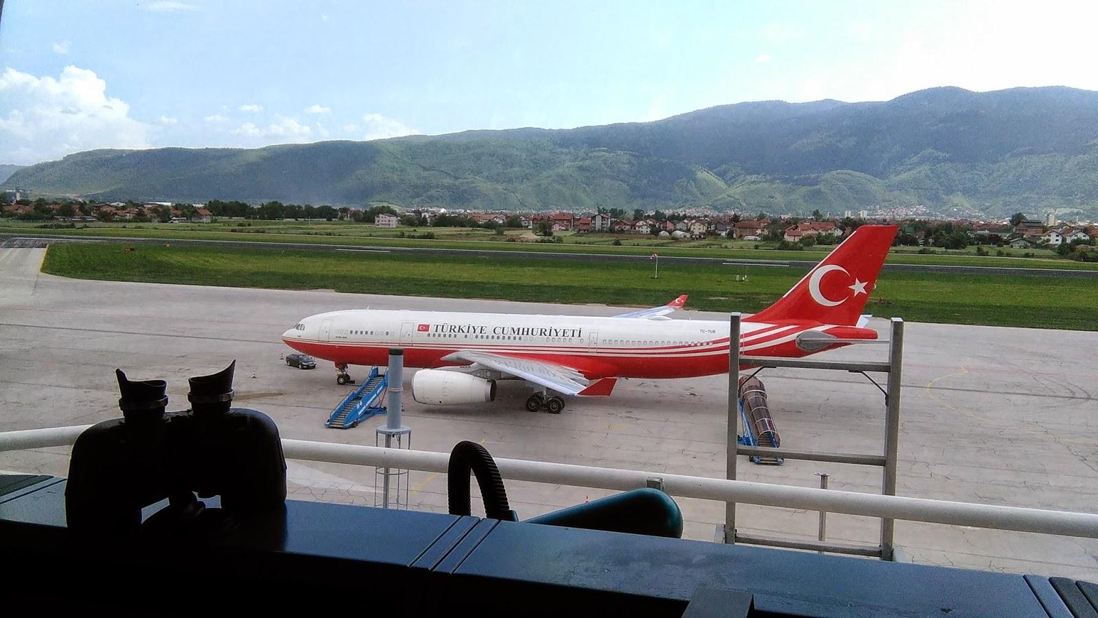 Επεισόδιο με την προσωπική φρουρά του Ερντογάν στο αεροδρόμιο του Σαράγεβο