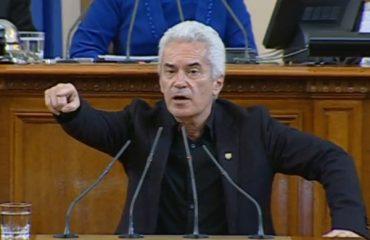 Βουλγαρία: Η πρόεδρος της Βουλής διερευνά τη νομιμότητα της εκδίωξης του Siderov