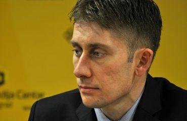Σερβία: Το κυβερνών κόμμα χαρακτηρίζει δημοσκόπους ως φασίστες