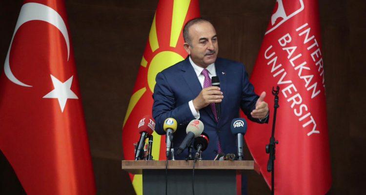 Cavusoglu: Δεν πρέπει να βλέπουμε τις κυρώσεις ως σοβαρές