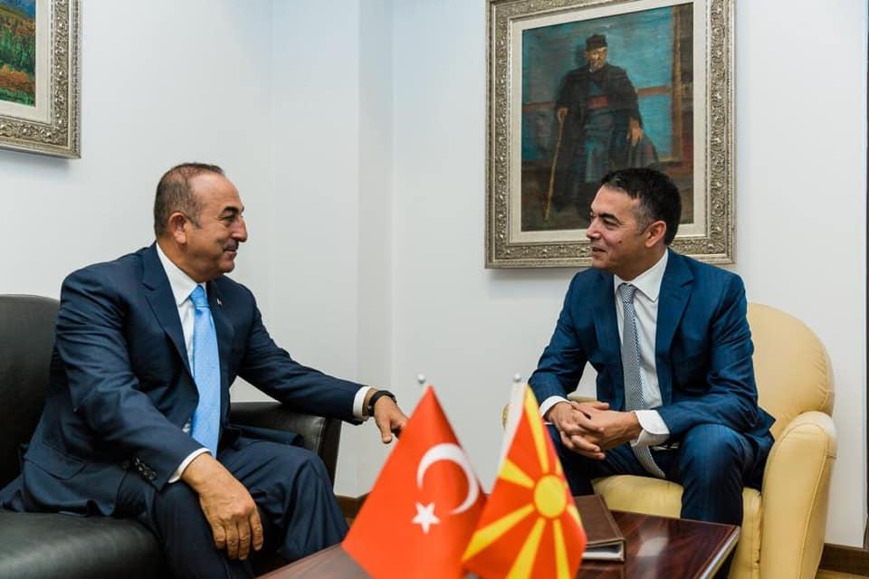 ΝΑΤΟ και FETO στο επίκεντρο της επίσκεψης του Τούρκου ΥΠΕΞ στα Σκόπια