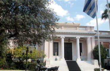 Μέλη της ελληνικής κυβέρνησης συναντήθηκαν με στελέχη της τρόικας