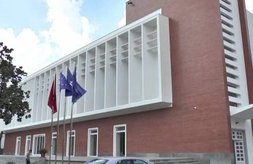 Αλβανία: Η αντιπολίτευση απαιτεί από το εκλεκτορικό σώμα να μην διορίσει τους τοπικούς συμβούλους