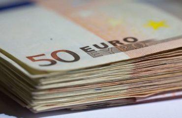 Αύξηση καταθέσεων κατά 1,766 δισ. ευρώ τον Ιούνιο
