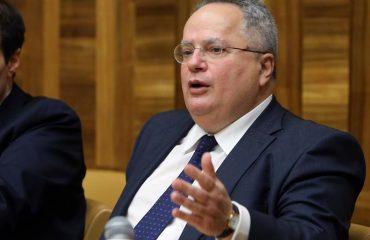 """Διώξεις πολιτικού χαρακτήρα στο ΥΠΕΞ καταγγέλλει ο Νίκος Κοτζιάς με """"καρφιά"""" για τον ΣΥΡΙΖΑ"""