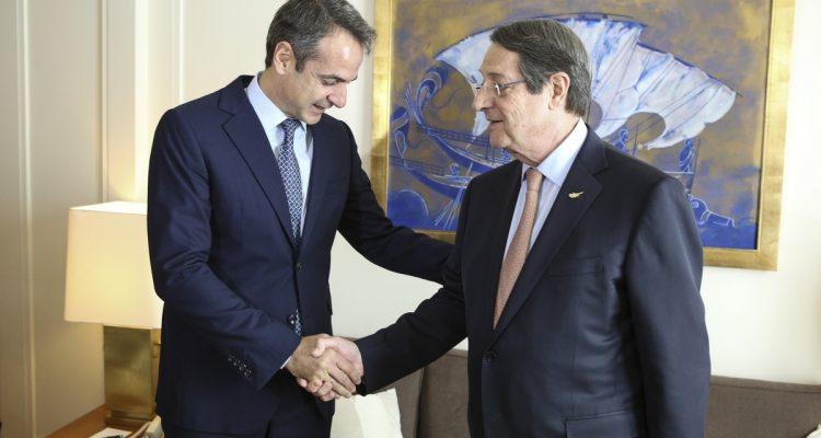 Τον Πρωθυπουργό της Ελλάδας υποδέχθηκε ο Πρόεδρος της Κυπριακής Δημοκρατίας