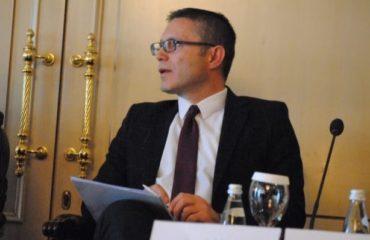 Συνέντευξη/IBNA: Η Σερβία στέλνει απειλητικά μηνύματα στα Βαλκάνια
